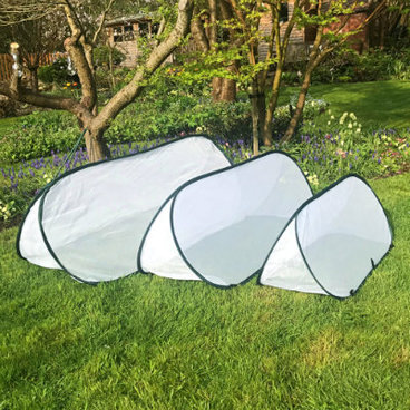 Cloches & Tunnels – Pop Up Triangle Cloches – Fleece Cloches - Pop-Up Fleece Cloche – 1 x small, medium and large (pack of 3)