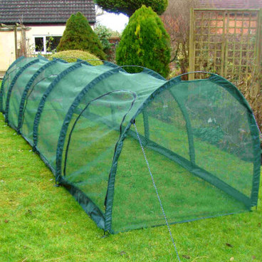 Cloches & Tunnels – Grow Tunnels – Net Grow Tunnels - Pro-Gro Net Tunnel Cloche – 5m long x 1.5m wide x 1.5m high