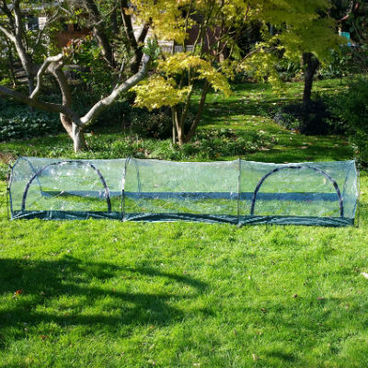 Cloches & Tunnels – Grow Tunnels – Pro-Gro Poly Tunnel – 3m long x 0.5m wide x 0.75m high