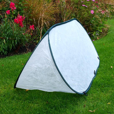 Cloches & Tunnels – Pop Up Triangle Cloches – Fleece Cloches - Pop-Up Fleece Cloche – small (1m long x 0.4m wide x 0.4m high)
