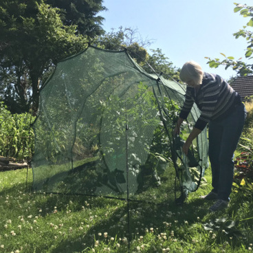 Cloches & Tunnels – Pro-Gro Net Tunnel Cloche – 5m long x 1.5m wide x 1.5m high